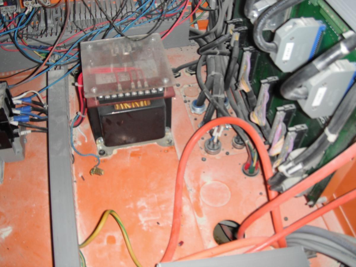 לוחות חשמל 4